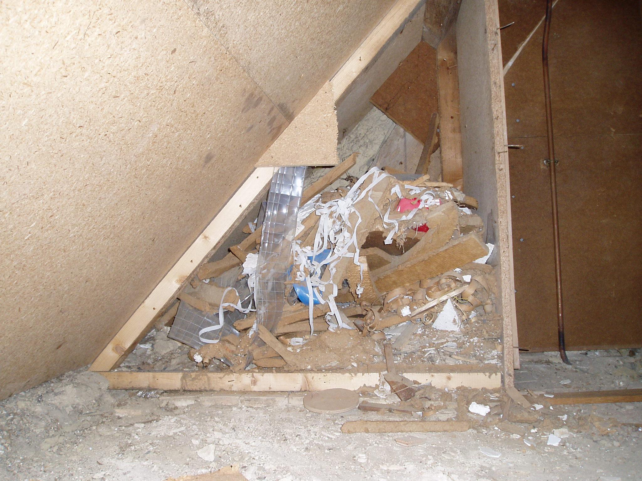 poubelles de travaux , annees 60, Gîtes du château des Fontenelles, Rennes